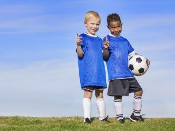 Tesseramento figlio minore: basta il consenso di un solo genitore