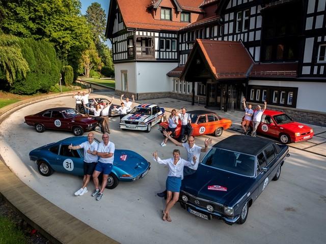 """Si è svolto a Rüsselsheim, casa di Opel, il """"Klassik Tour Kronberg"""""""