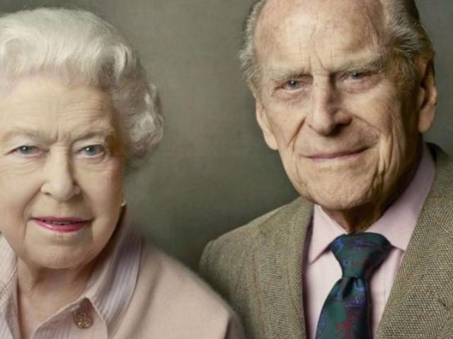 Principe Filippo, la dedica della Regina Elisabetta: 'È stato un consorte devoto'