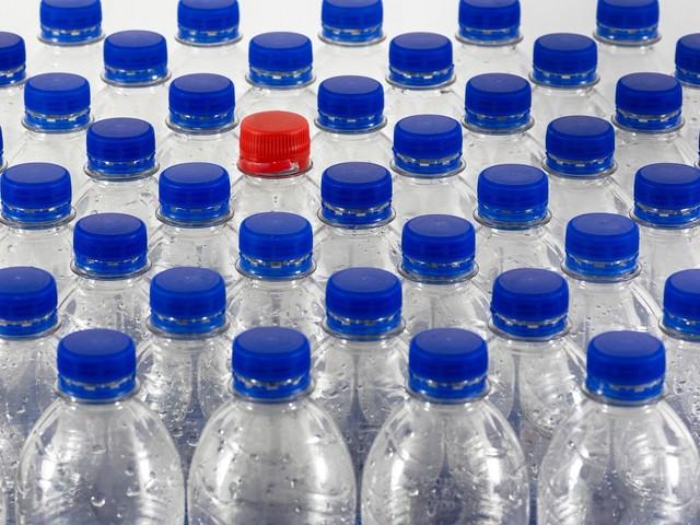 Retromarcia del governo: plastic tax dimezzata