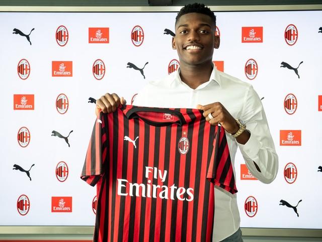 Milan, ufficiale l'arrivo di Rafael Leao: quinquennale per il portoghese
