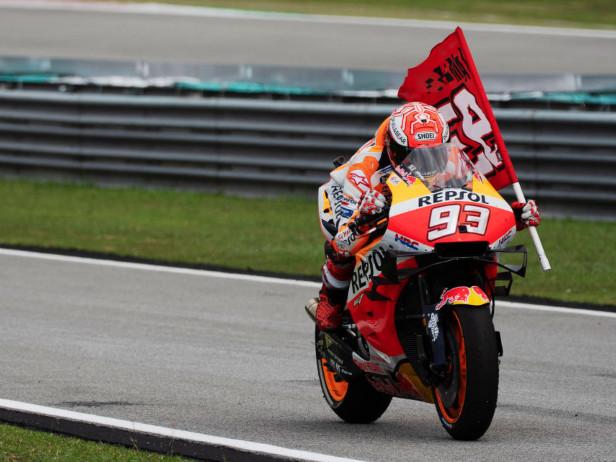 "MotoGP, GP Valencia. Marquez: ""Testa al 2020"", Lorenzo: ""Cerco conferme"""