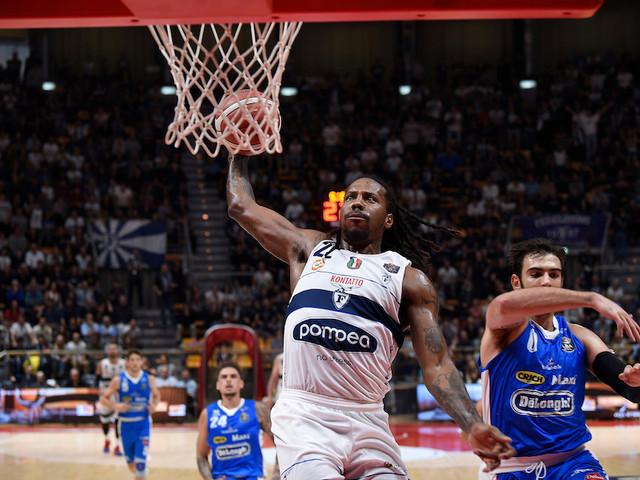 Basket, Serie A 2019-2020: la Fortitudo Bologna soffre, ma supera allo sprint Treviso