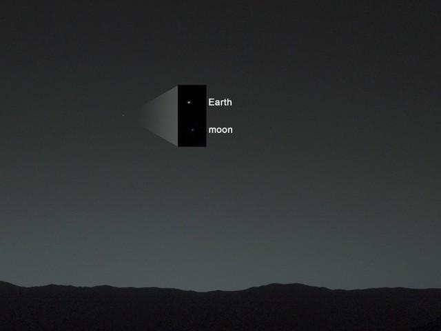 La leggenda di Marte grande come la Luna