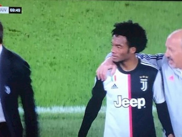 Lazio-Juventus, espulsione Cuadrado: il var ha aiutato l'arbitro