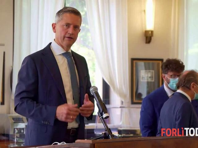 """Presidente di Air Dolomiti in visita al Ridolfi: """"Impressionato dal progetto di Forlì"""""""