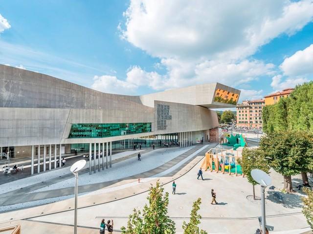 Scegli il contemporaneo: i musei e i luoghi pubblici di Roma raccontati dagli artisti