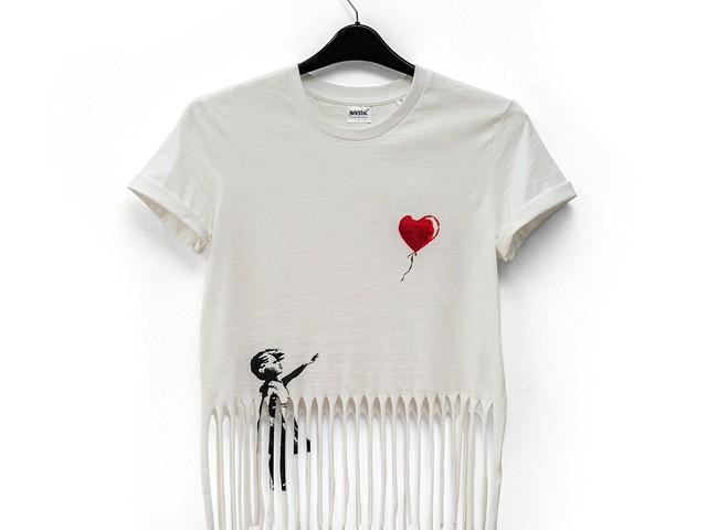 Si chiamerà Gross Domestic Product. Banksy apre il suo negozio online. Ecco come funziona