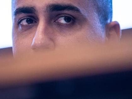 Sondaggio Masia, Luigi Di Maio in caduta libera: dove è precipitato il M5s