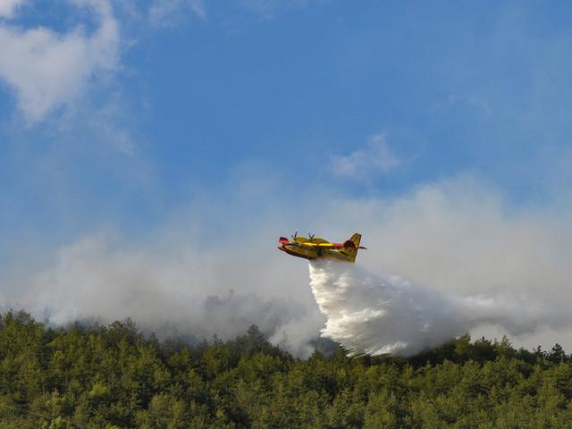 Incendi: notte di fuoco nell'Orisanese