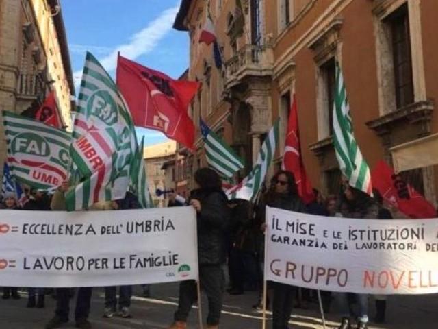 Le vertenze umbre in piazza a Roma