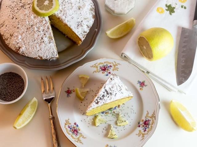 Torta limone e yogurt in friggitrice ad aria: la più soffice al mondo