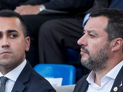 Luigi Di Maio e l'esodo dal M5s: altri tre addii per Lega e Renzi, ecco i nomi