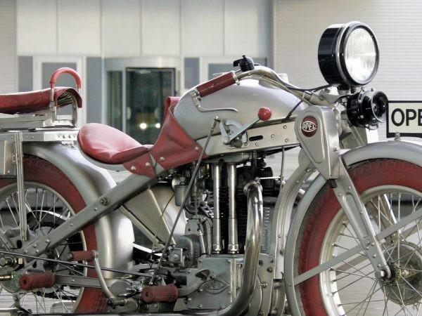 Le moto Opel, con la 2 HP il successo fu immediato