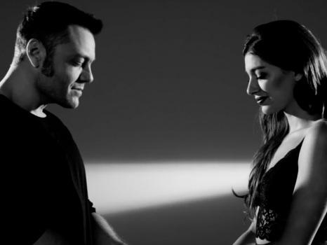 Testo e video di Acepto Milagros, Tiziano Ferro con Ana Guerra nel nuovo singolo in spagnolo