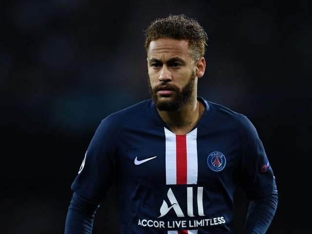 Neymar contro il Barcellona: chiede il pagamento di 3,5 mln
