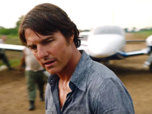 Tom Cruise torna sul set ma tra i malati di Covid. Esplode la polemica