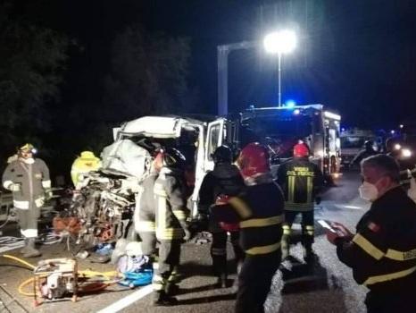 Terribile incidente a Casteldaccia, un morto e sei feriti sull'autostrada Palermo-Catania