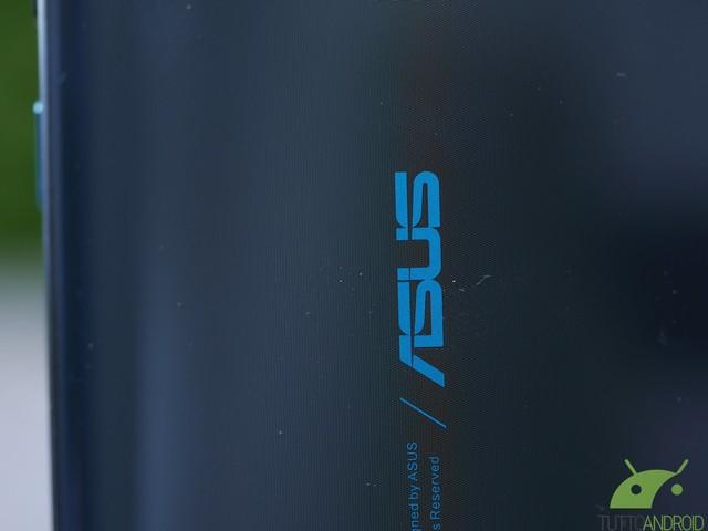 Date un tocco di ASUS ROG Phone 2 al vostro smartphone con gli sfondi ufficiali