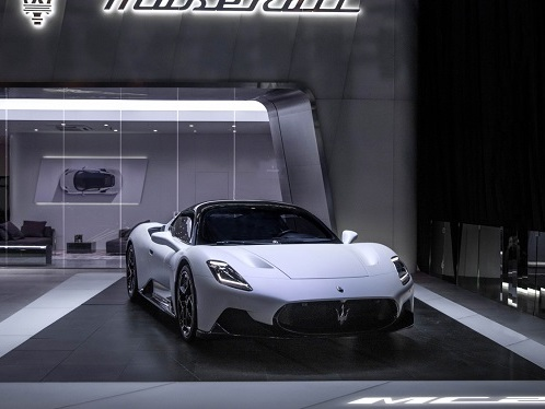 Maserati MC20 è China Performance Car of the Year 2021