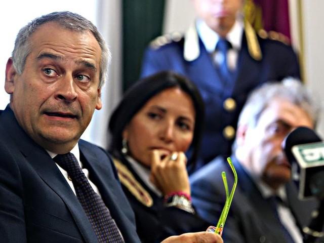 Giannini: «I jihadisti hanno arruolato il virus»