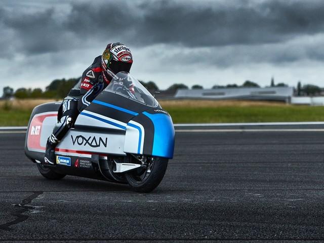 Svelata la moto elettrica Voxan Wattman