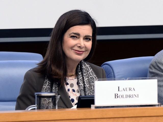 """Laura Boldrini è stata operata: """"L'intervento è andato bene, il recupero sarà lungo e doloroso"""""""
