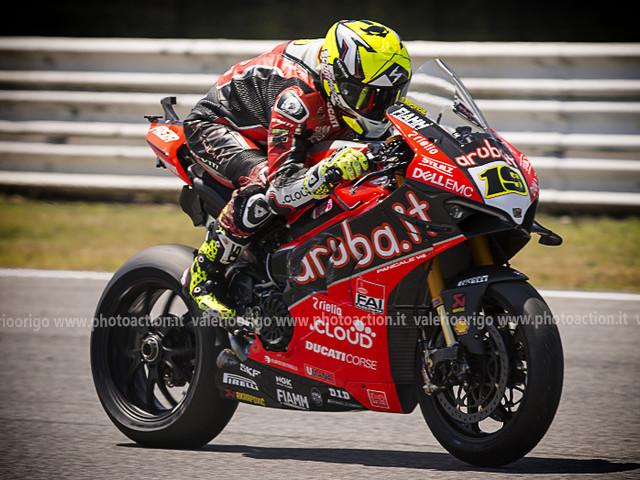 LIVE Superbike, GP Argentina in DIRETTA: gara-2, Bautista vuole la rivincita, Rea per continuare a volare