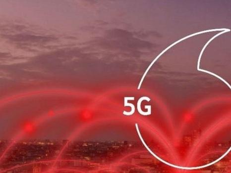 Non è gratis per tutti il 5G di Vodafone: dal 16 giugno 5 euro in più per alcuni clienti