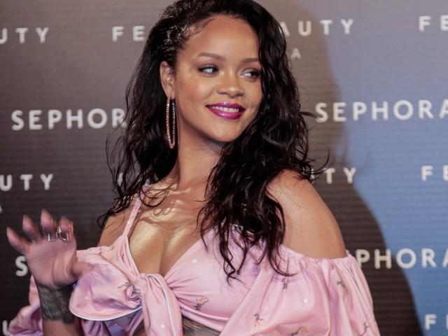 Rihanna: la voglia di maternità a ogni costo