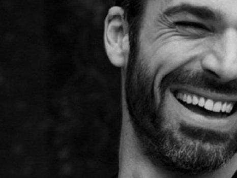 Luca Argentero giudice a Tale e Quale Show del 9 novembre, Tiziano Ferro tra le imitazioni
