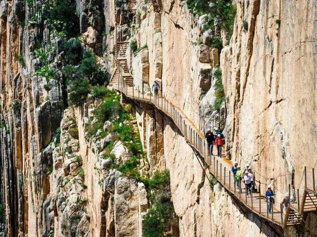 Quali sono i viaggi a piedi più belli del mondo e qualche consiglio