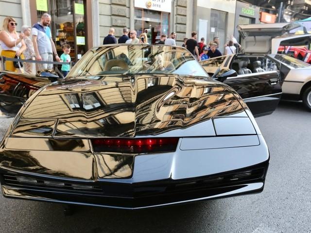 Auto d'epoca, Testarossa e Kit di Supercar: a Milano la festa delle quattro ruote