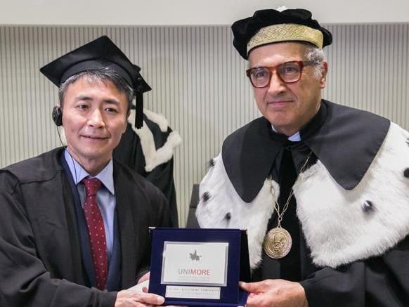 """Laurea honoris causa al """"padre"""" del videogioco Gran Turismo"""