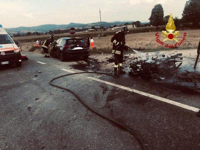 Perugia, drammatico incidente auto-scooter: morto un ragazzo