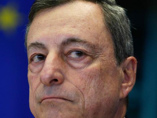 """""""Mario Draghi dovrebbe parlare di meno"""" dice l'economista Sapelli"""