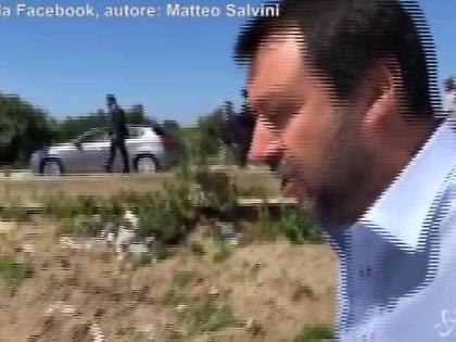 """Matteo Salvini in difesa di Armando Siri: """"Chi è e perché sto con lui. Non si dimetta"""""""