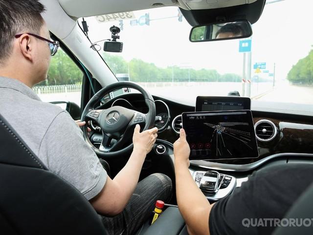 Daimler - Al via i test di guida autonoma a Pechino