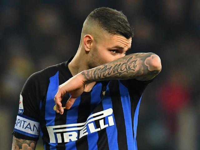 """Icardi Inter, Wanda Nara piange a Tiki Taka: """"Stiamo soffrendo"""" – VIDEO"""