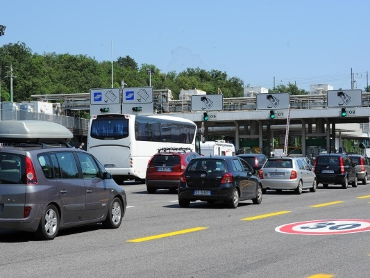 Code alla barriera di Lisert Trieste