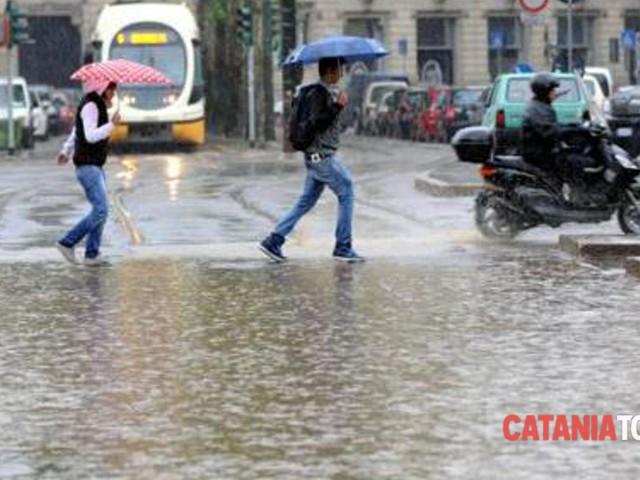 Weekend con pioggia e temporali, a Catania è preallerta