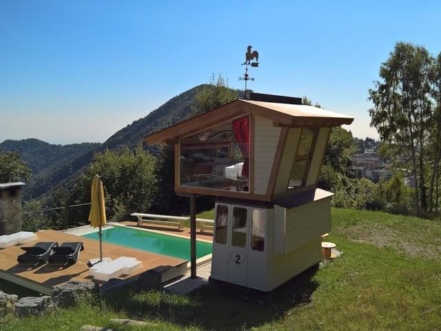 In Lombardia, l'albergo più romantico è in una cabina della funivia
