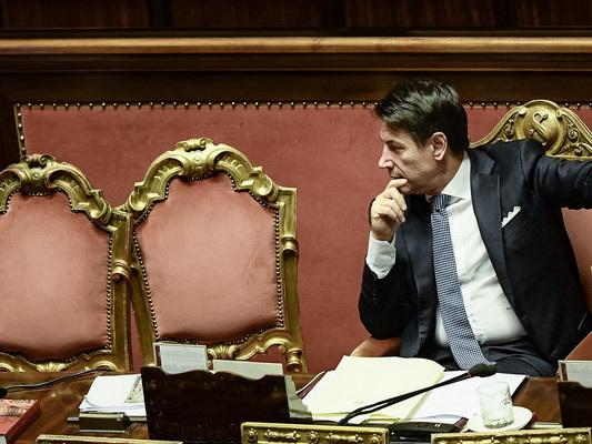 Il taglio dei parlamentari è slittato a ottobre