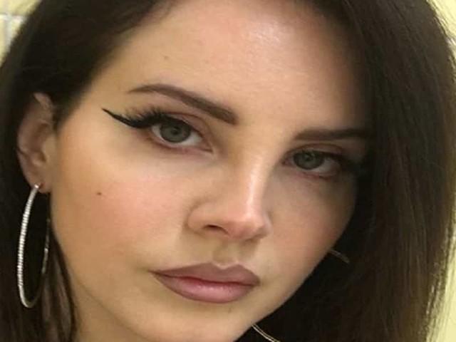 """Lana Del Rey sta male: annullato il tour/ """"Odio deludervi, devo rimettermi in salute"""""""