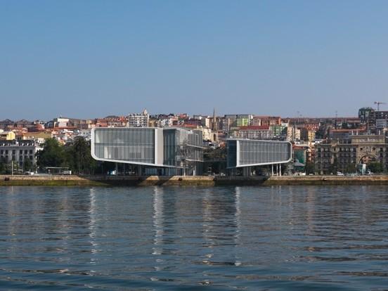 Inaugurato il Centro Botín a Santander di Renzo Piano con Luis Vidal. Tutte le immagini