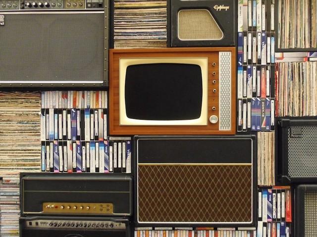 La battaglia tra analogico e online: tutti i media che beneficiano del digitale