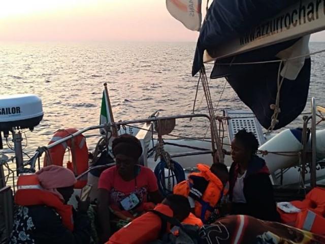 """Lampedusa, le ong """"cavalcano"""" la tragedia """"Fateci tornare subito in mare"""""""