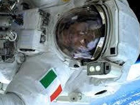 Luca Parmitano: oggi nuova passeggiata spaziale dopo aver rischiato di morire nel 2013 Diretta tv dalle 12.40