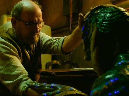 "The Shape of Water, parla Richard Jenkins: ""La creatura riesce a cambiare Giles"""