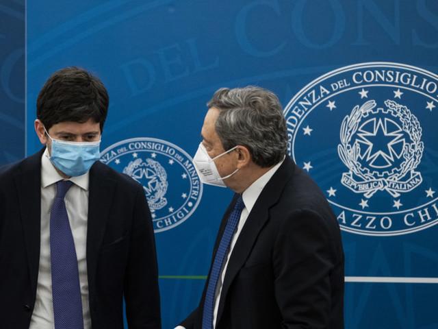 Draghi scommette sulla crescita dell'Italia e prende un 'rischio ragionato'